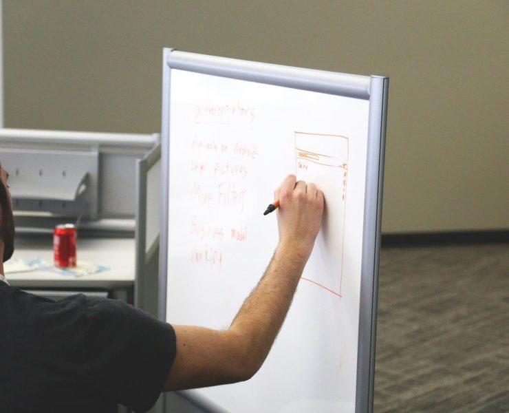 white board 593309 1280